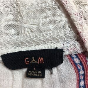 EM. Tops - EM Boho Style Top Size L